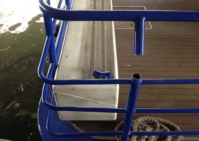 welding_repair_to_metal_boat_railing_2