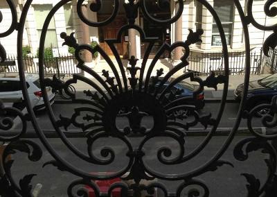 welding_restoration_to_cast_iron_balcony_1