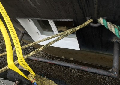 fabricating_a_protective_bar_for_a_boat-window_4