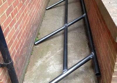 fabricating_metal_handrail