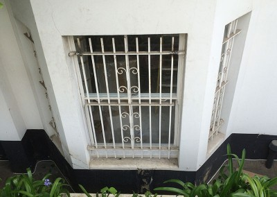 removing_metal_security_bars_from_window_0